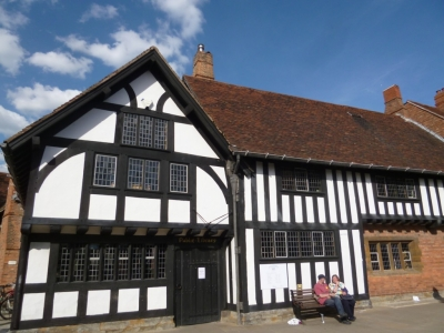イギリス住宅の魅力 ~外壁材による違いと、木造建築ハーフ・ティンバー~