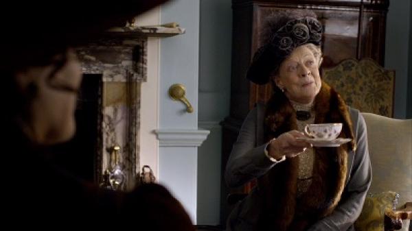 英国ドラマ「ダウントン・アビー」と陶磁器ブランド「ロイヤルクラウンダービー」